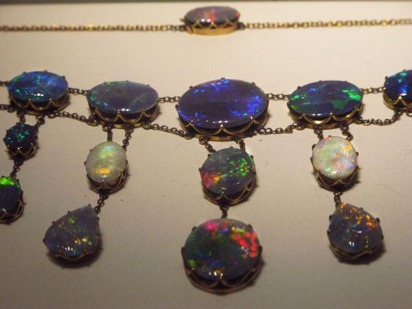 Helena-Maratheftis-rocks-and-minerals-12