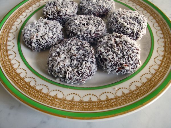 Helena-Maratheftis-cherry-truffles-5
